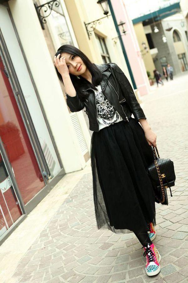 黑纱裙搭配_好看的黑纱裙怎么搭配图片