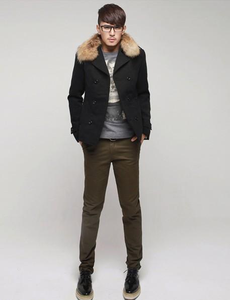 男士黄色牛仔裤_男士冬季服装搭配图片好看的