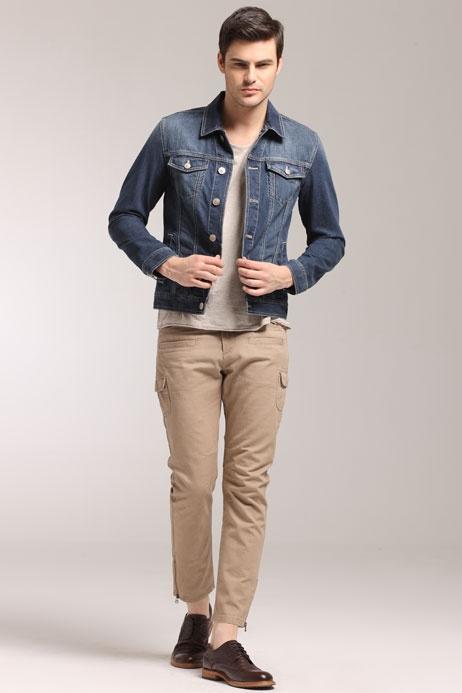 男士牛仔外套搭配_男士牛仔外套怎么搭配好看