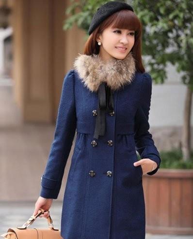 藏蓝色呢子大衣优雅搭配
