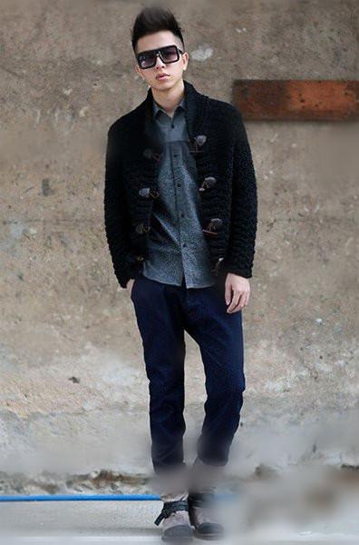 男士雪花小脚牛仔裤_冬季男生穿衣搭配 冬季男生服装搭配