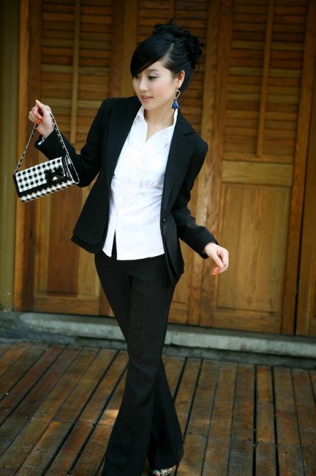 中年女生服装搭配图片
