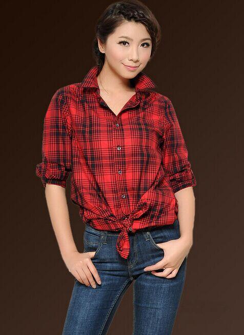 红格子衬衫搭配牛仔裤