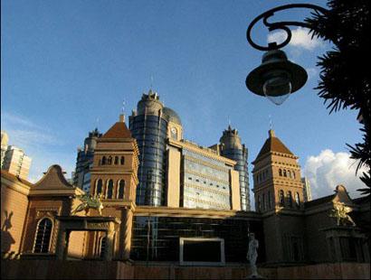 乌鲁木齐丹璐时尚广场在哪儿怎么去?